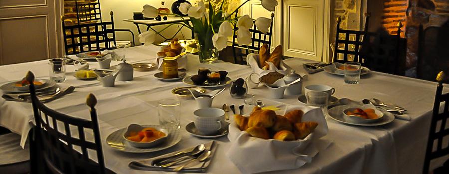 chateau-cambes-petit-dejeuner